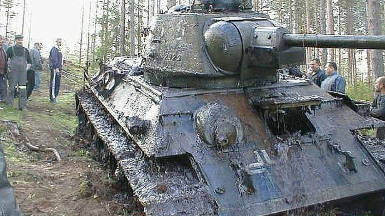 World War 2 Tank Pulled From Bog After 60 years