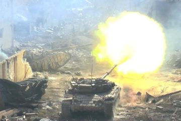 T-72 Tanks with GoPro Turret Cams in Heavy Urban Fighting During the Battle of Jobar