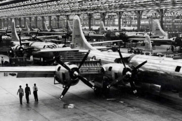 B-29s from Georgia: Building the Superfortress - 1944