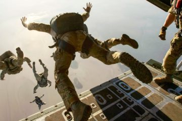 EPIC! US - Navy SEALs, - Awesome Parachute Jumps