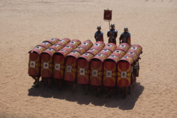 The Roman Legion's best Battle Formation : the Testudo Formation