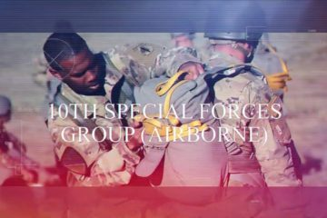 US Soldiers - 10th Special Forces Group (Airborne) Jump From the Skies!
