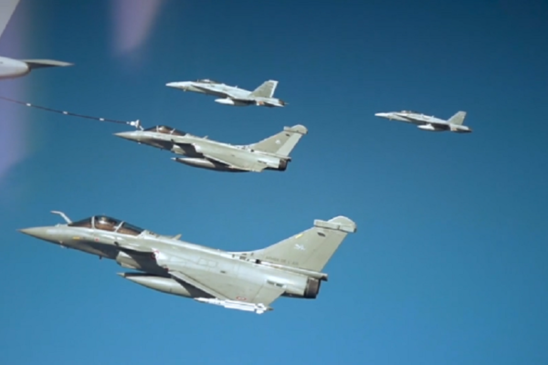 Air to Air Refuelling - Gas Stations in the Sky
