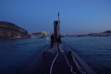 Footage from on board a Spanish Submarine - Exercise Dynamic Mariner 19